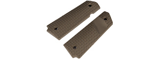 "AC-370T M1911 GRIP ""SMALL SQUARES"" SERIES (COLOR: DARK EARTH)"