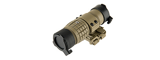 LANCER TACTICAL 1 - 3X ADJUSTABLE MAGNIFIER W/ QD MOUNT (TAN)